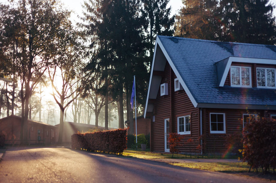 Side view of home | Mutual Insurance | Homeowners Insurance