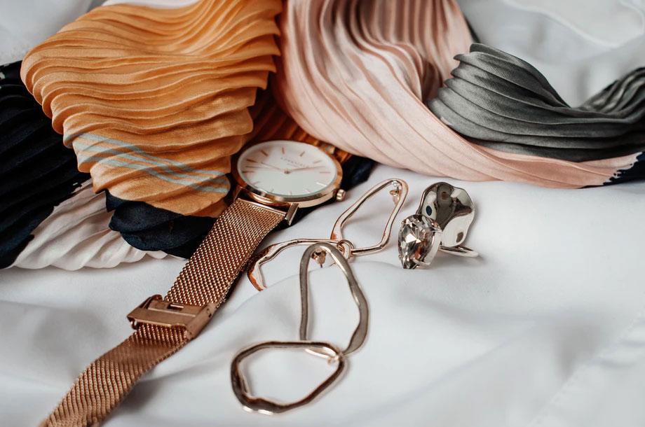 Watch and jewelry close up photo | Mutual Insurance | Property Insurance
